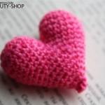 В'язані сердечка-валентинки